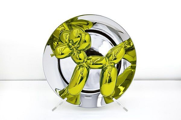 Jeff Koons, Balloon Dog Plate - YELLOW Ed. 802 of 2300 2015, 3-D Porcelain plate with metallic glaze